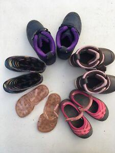 Bottes divers bottes de pluie sandales des petits souliers d'été