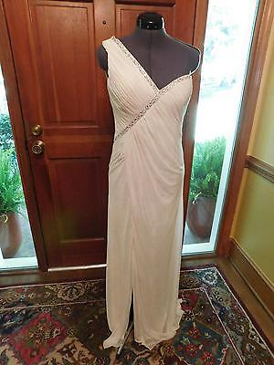 (BEAUTIFUL INFORMAL WEDDING DRESS OR FORMAL OCCASION DRESS RUCHED SIZE 6)