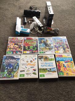 Nintendo Wii + Games+ Accessories