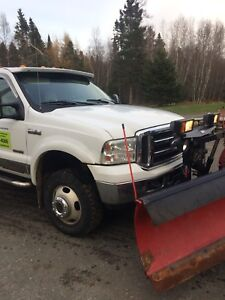 2005 Ford F-350 DRW with 9.5' western v-plow