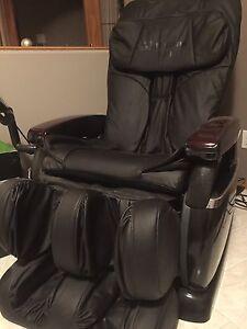 Massage chair, Quantum 200.