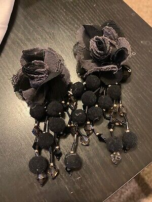 BLACK ZARA FLORAL EARRINGS