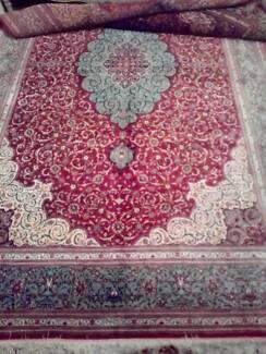 Persian Carpet pure Silk hand made 6 meters Quem