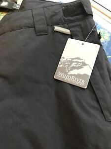 NEW WITH TAGS Men's Black Snow Pants
