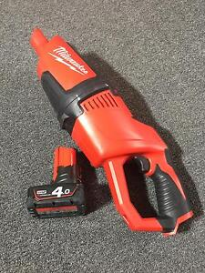 Milwaukee M12 Vacuum comes with 4aH M12 battery Mount Barker Mount Barker Area Preview
