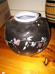 Vase with flower design