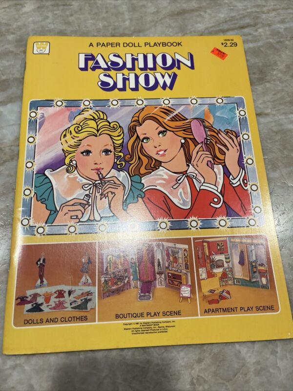 """Vintage ~ """"Fashion Show"""" ~ A Paper Doll Book ~ Whitman # 1839-32 ~ 1981"""