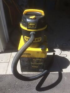 Portable Wet/Dry Vac