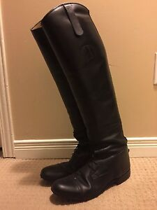 Used Der Dau field boots for sale