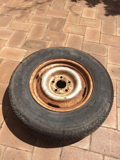 Wanted: Valiant wheels wanted