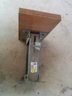 Outboard Bracket Galvanised 15-20hp New Kedron Brisbane North East Preview