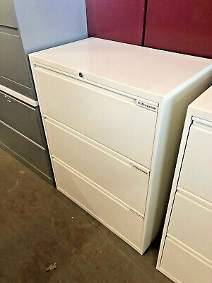 3dr 30w X 18d X 38 12h Lateral File Cabinet By Office Specialty W Lock Key