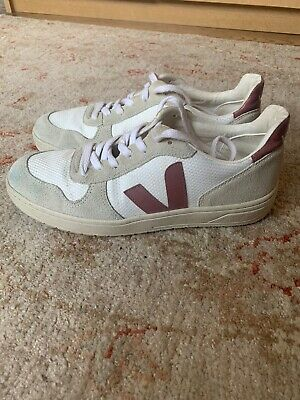 Veja V-10 Sneakers - White With Colorblock Salmon. Size 10
