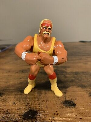Vintage 1991 WWF Hasbro Series 2 Hulk Hogan Wrestling Action Figure WWE loose
