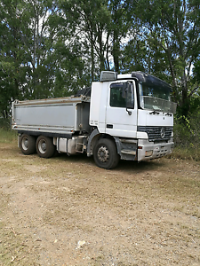 TIPPER AND TOOL TRAILER FOR URGENT SALE Gilston Gold Coast West Preview