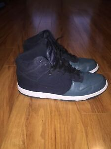 Fantastic Condition Nike Dunks For SALE!!