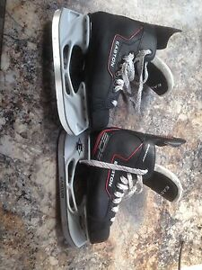 Easton EQ 10 skates size 5