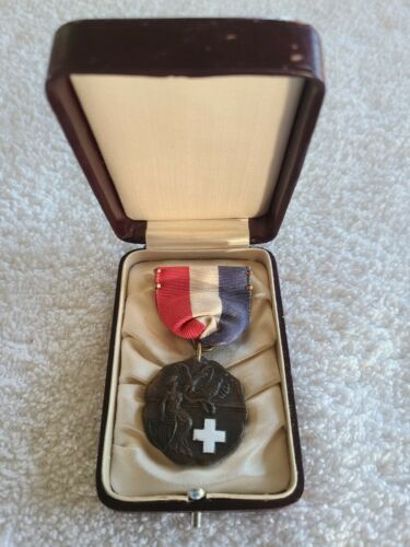 BSA Vintage Dieges & Clust 1st Aid Contest Medal Award Red White Blue Ribbon