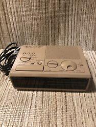 SONY VINTAGE DREAM MACHINE ICF-C2W RETRO DIGITAL ALARM CLOCK RADIO WORKS!