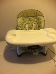Space saver high chair/booster seat