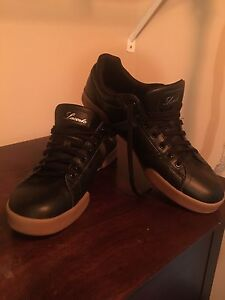 Lacoste shoes , like new. Maybe new . Size :USA-11.