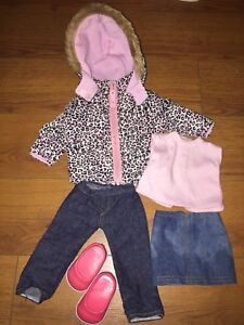 "18"" Doll Clothing and Accessories (fits American Girl Doll)"