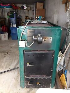 Oil / wood furnace