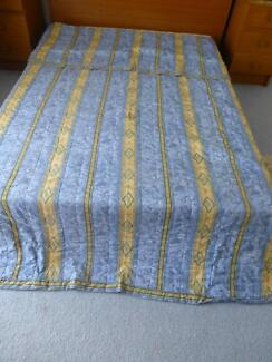 Bedspread, Curtains, Tiebacks and Valance. Blue and gold Cashmere Pine Rivers Area Preview