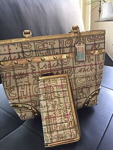 Coach Poppy Graffiti purse and wallet