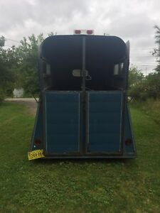 1989 Two horse trailer