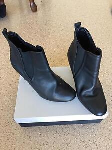 Black ankle boots Bundaberg Central Bundaberg City Preview