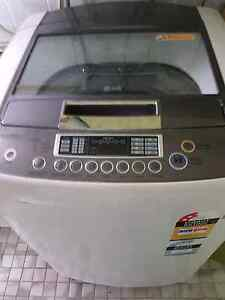LG washing machine 9.5kg Cranebrook Penrith Area Preview
