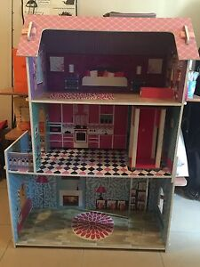Dolls' House Moulden Palmerston Area Preview