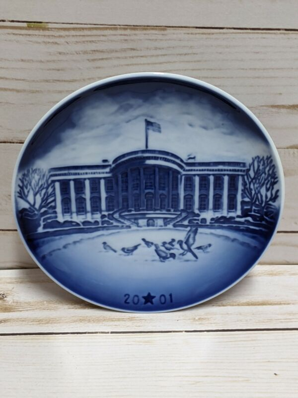 Bing & Grondahl American Christmas Heritage Collector Plate White House 2001