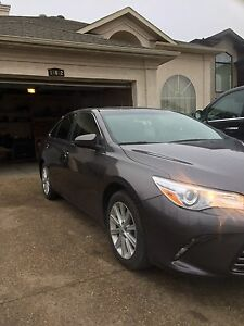 2015 Toyota Camry le Sunroof, Bluetooth,backup-camera