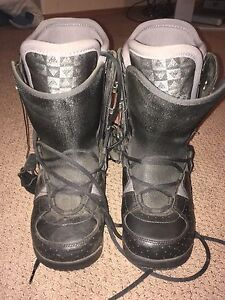 Women's size 10 snowboard boots