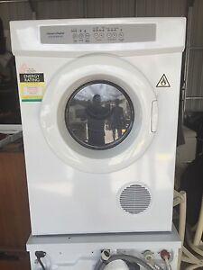 Fisher & paykel aerosense 5kg dryer Coes Creek Maroochydore Area Preview