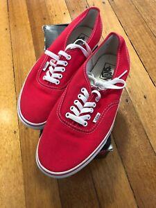 6ff0133f17 RED VANS US10