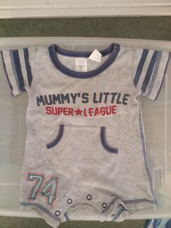 Baby boy onesie size 00 Calamvale Brisbane South West Preview