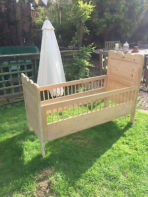 Antique Cot / Toddler Bed
