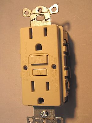 15A GFCI / GFC RECEPTACLES, NEW HUBBELL GFRST15I, IVORY
