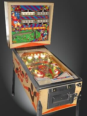 Gottlieb 1975 Four-Player Super Soccer Pinball Machine