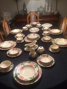 Dinnerware 8 Place settings & serving dishes, 54 pieces
