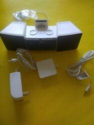 iLUV Vibro II IMM155 Dual Alarm Clock With Shaker For iphone Or Ipod