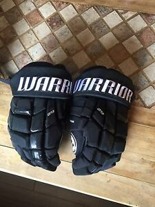 Warrior Hocky Gloves