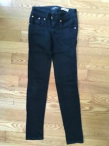 Black Guess Skinny Jeans - size 24