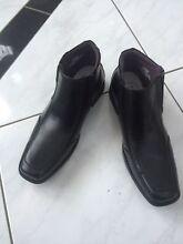 Mens shoes size 11 Tanah Merah Logan Area Preview