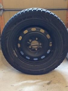 Set of 4 Used Toyo Observe GSi-5 Winter Tires