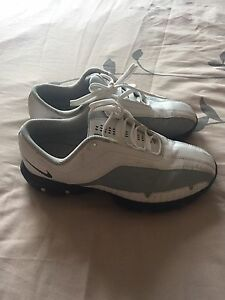 Boys Golf Shoes Size 4