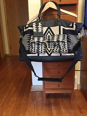 Pendleton Portland Collection Leather Trim Wool Weekender Overnight Bag Tote